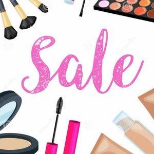 Makeup Sale! 🥰